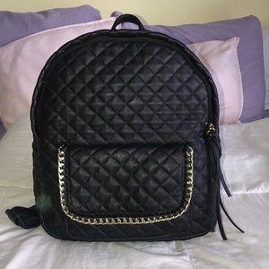 STEVE MADDEN Faux Leather Medium Backpack 🤍